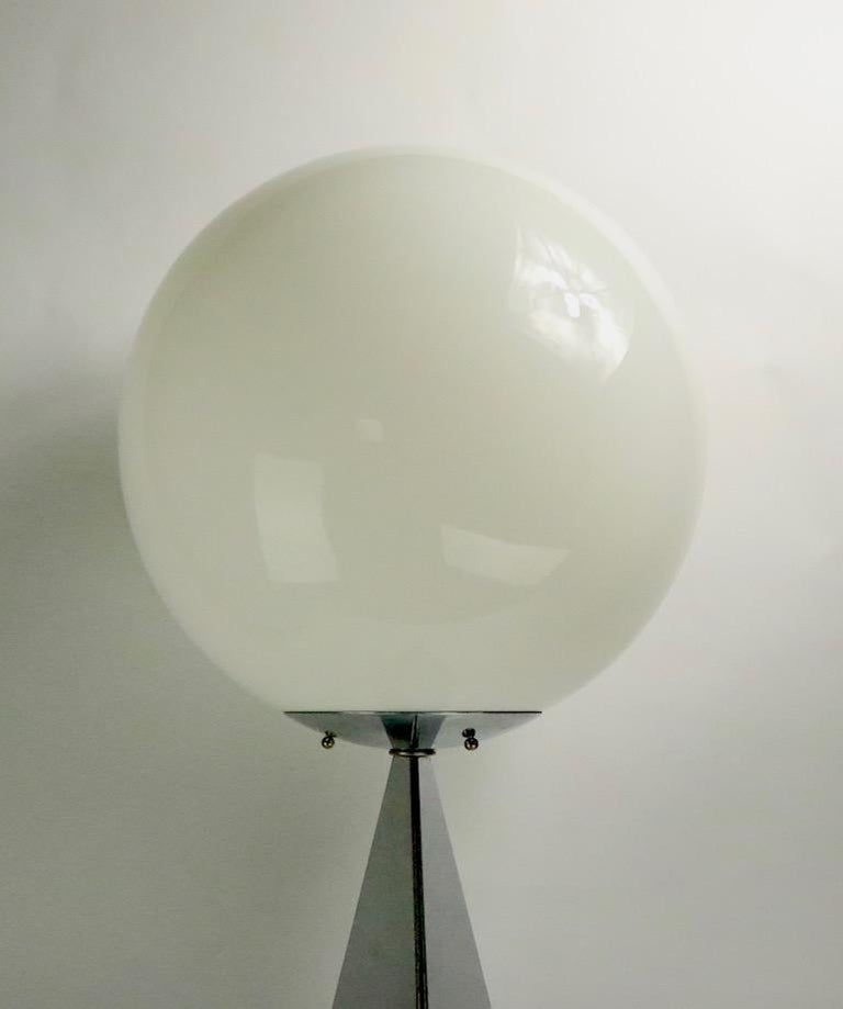 Mid-Century Modern Chrome and Glass Ball Lamp by Jere For Sale