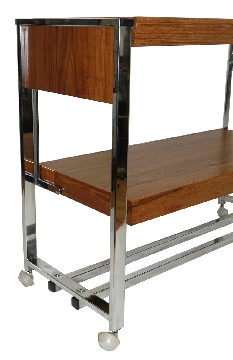 Chrome and Walnut Bar Cart Server, American, circa 1980 For Sale 3