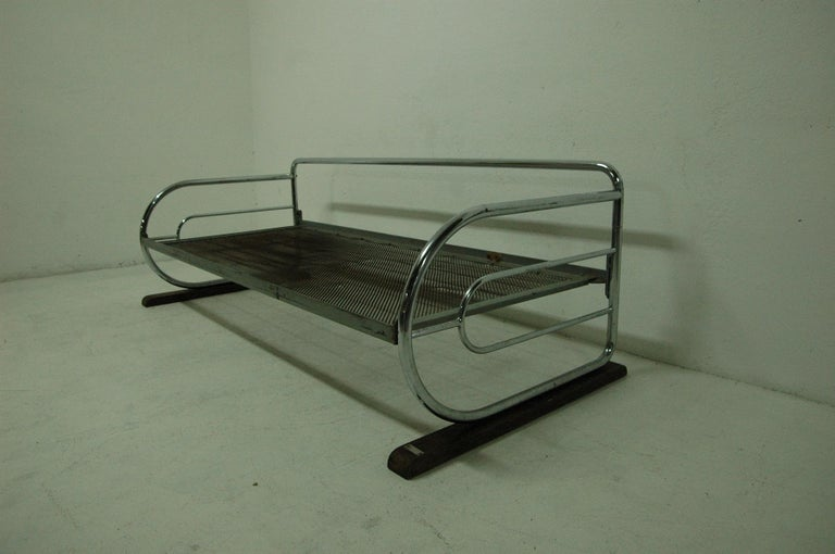 Mid-20th Century Chrome Bauhaus Sofa by Robert Slezák, Bohemia, 1930s For Sale
