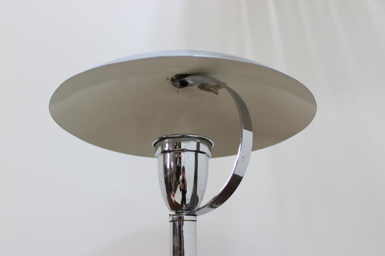 Chrome Bauhaus Table Lamp, 1930s In Good Condition For Sale In Praha, CZ