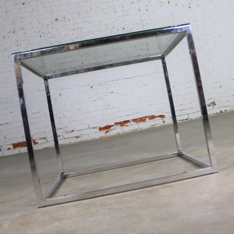 American Chrome Cube End Table with Glass Top Manner of Milo Baughman For Sale