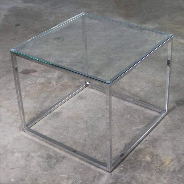 Chrome Cube End Table with Glass Top Manner of Milo Baughman In Good Condition For Sale In Topeka, KS