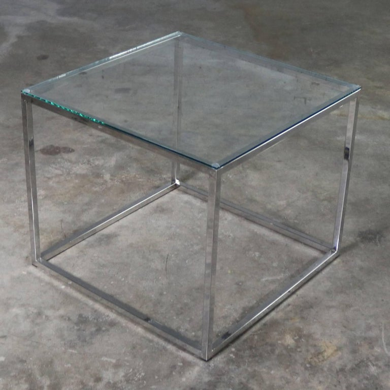 Chrome Cube End Table with Glass Top Manner of Milo Baughman For Sale 1