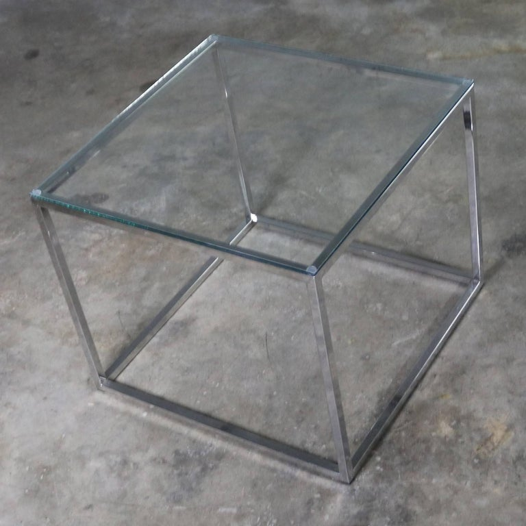 Chrome Cube End Table with Glass Top Manner of Milo Baughman For Sale 2