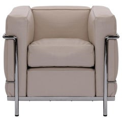 Chrome Frame with Ivory Leather Cushions LC2 Armchair, Cassina