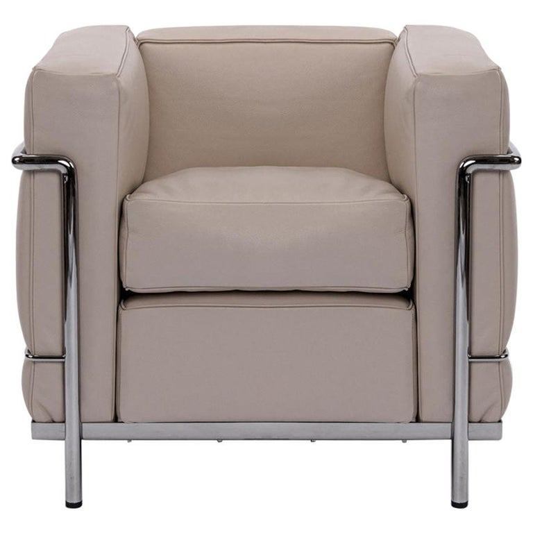 Chrome Frame with Ivory Leather Cushions LC2 Armchair, Cassina For Sale