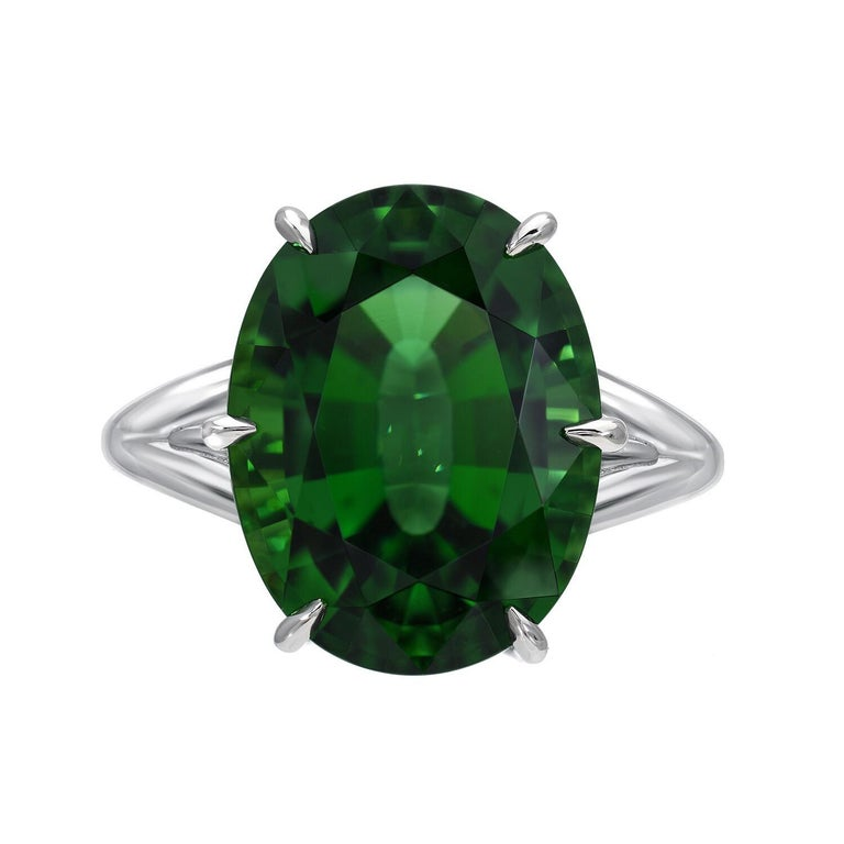 Modern Chrome Green Tourmaline Ring Oval 7.70 Carats GIA Certified For Sale