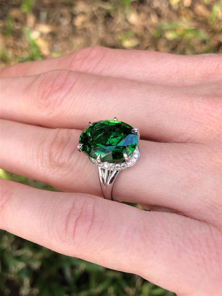 Chrome Green Tourmaline Diamond Ring Tsavorite Diamond Earrings Platinum Set For Sale 1