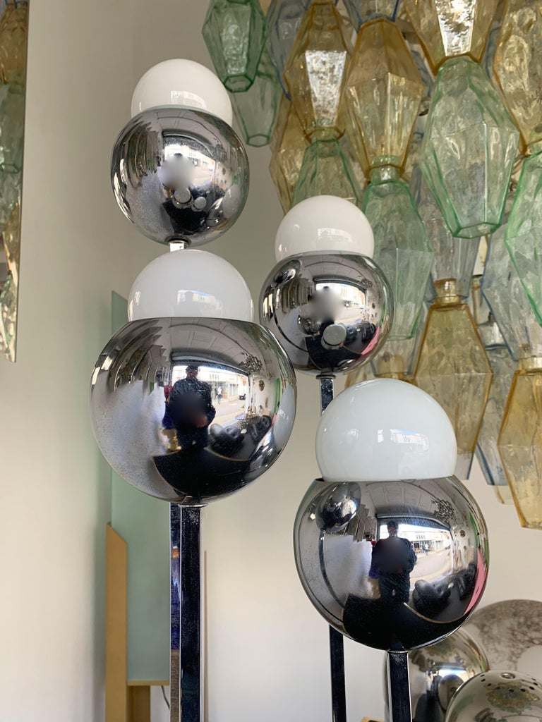 Space Age Chrome Metal Ball Lamp by Robert Sonneman. 1970s For Sale