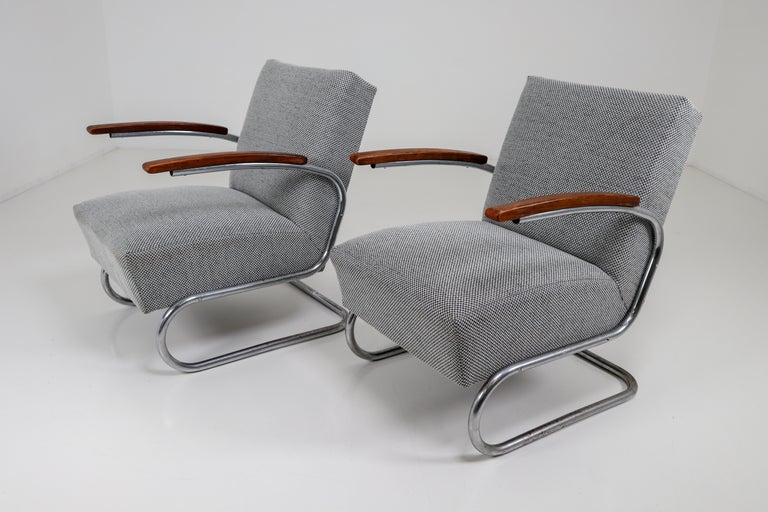 Chrome Steel Armchair by Thonet circa 1930s Midcentury Bauhaus Period For Sale 10