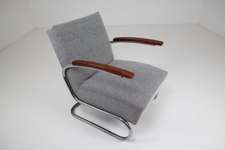 20th Century Chrome Steel Armchair by Thonet circa 1930s Midcentury Bauhaus Period For Sale