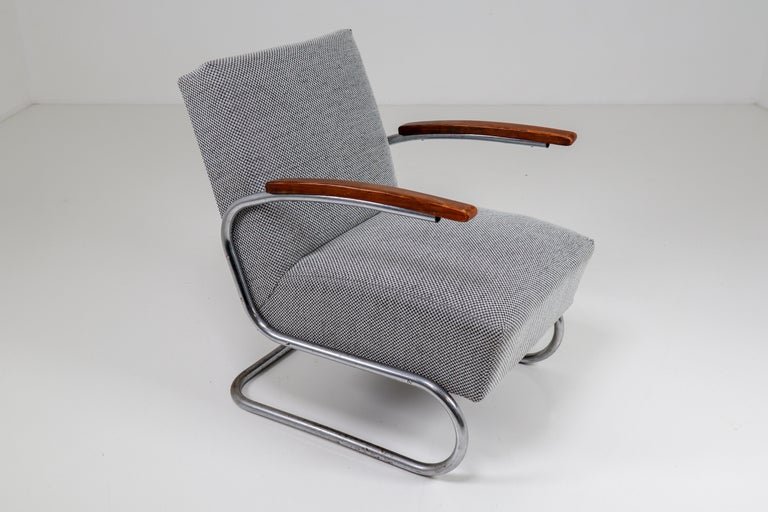 Chrome Steel Armchair by Thonet circa 1930s Midcentury Bauhaus Period For Sale 2