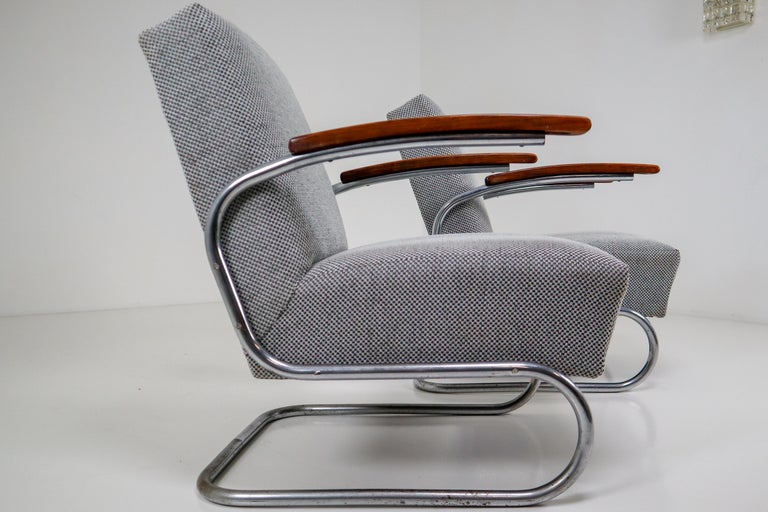 Chrome Steel Armchair by Thonet circa 1930s Midcentury Bauhaus Period For Sale 4