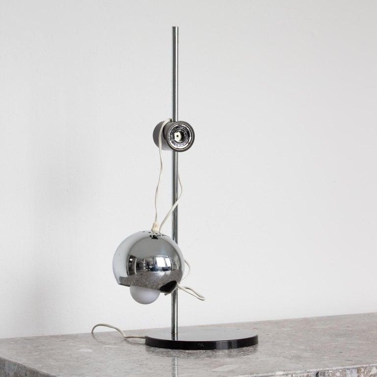 Modern Chromed Magnetic Head Reggiani Table Lamp For Sale