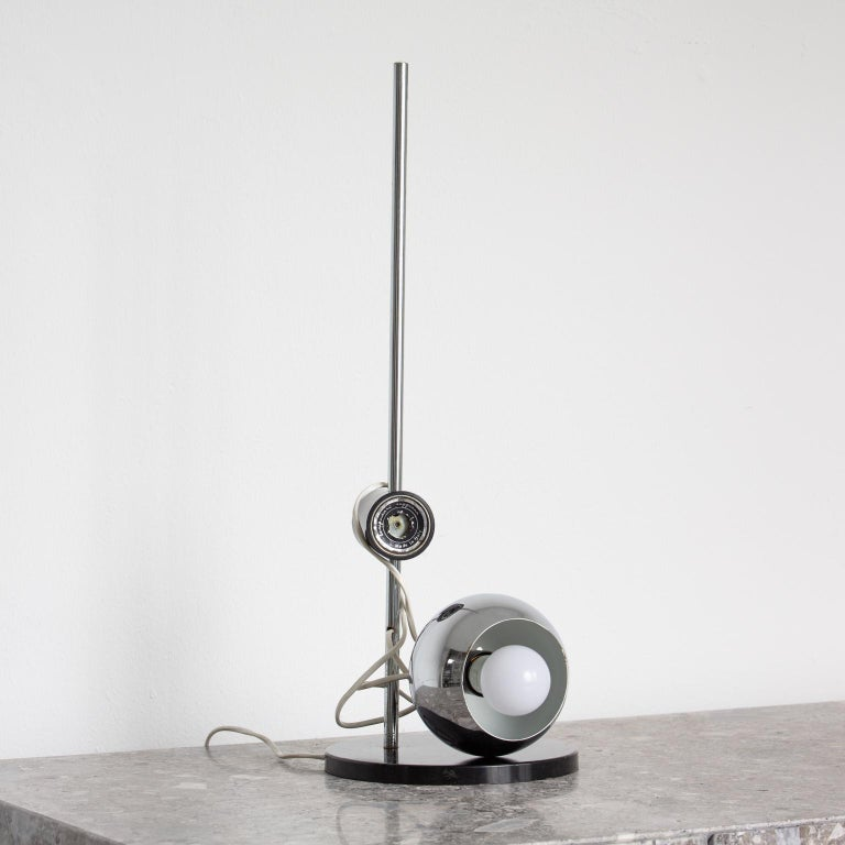 Chromed Magnetic Head Reggiani Table Lamp In Good Condition For Sale In Milan, IT
