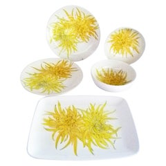 Chrysanthemum 5 Serving Dishes by Ernestine Ceramiche Salerno, Italy, 1950s