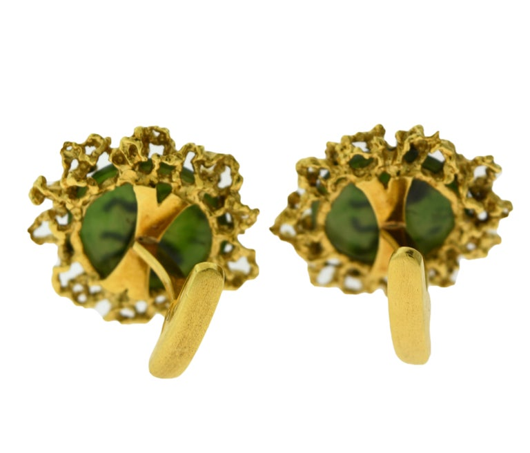 Brilliance Jewels, Miami Questions? Call Us Anytime! 786,482,8100  Elegant, statement making Chrysoprase and 18K Yellow Gold cufflinks with a gold inlay in the shape of a lion.