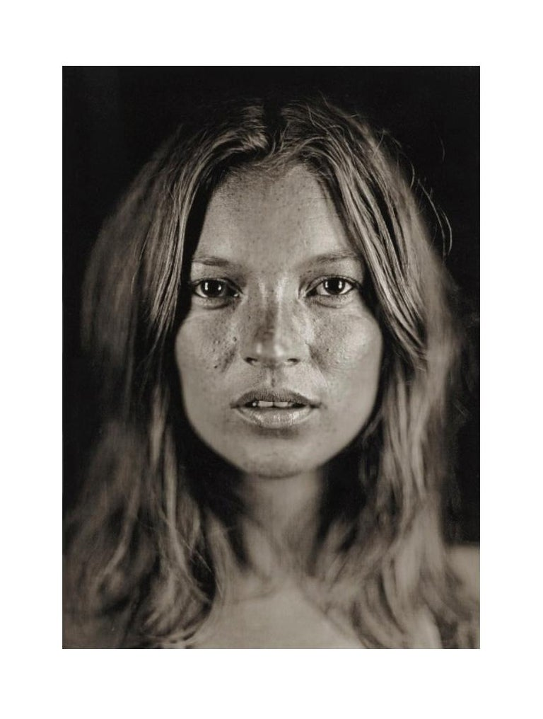 Artist: Chuck Close Title: Untitled (Kates #16) Year: 2005 Medium: Digital pigment print on Hahnemuhle Satin paper Edition: 25; signed, dated and numbered in pencil Sheet: 20 x 16 inches (50.8 x 40.64 cm) Frame: 18 5/8 x 22 5/8 inches (47.19 x 57.35