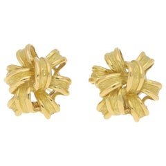 Chunky 1980s Knot Earrings Set in 18 Karat Yellow Gold