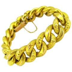 Chunky Curb Yellow Gold Links Bracelet