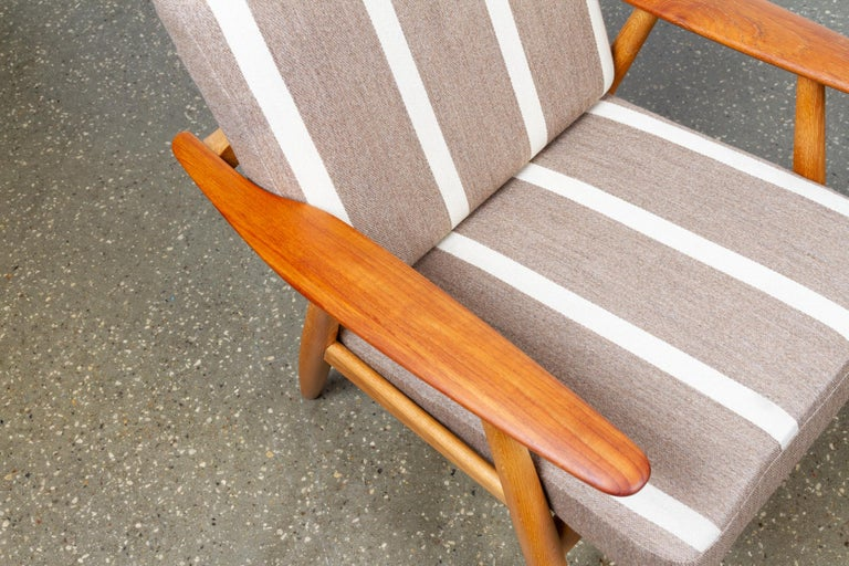 Cigar GE-240 Easy Chairs by Hans J. Wegner 1950s, Set of 2 For Sale 4