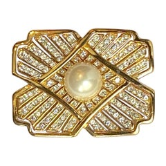Ciner Art Deco Style 1980s Gold, Rhinestone & Pearl Brooch