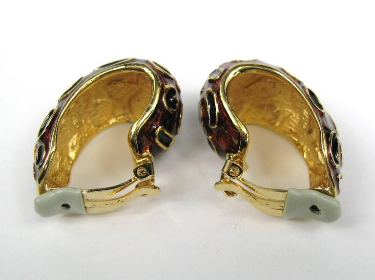 Ciner Enameled Clip on Earrings New, Never Worn 1980s In New Condition For Sale In Wallkill, NY