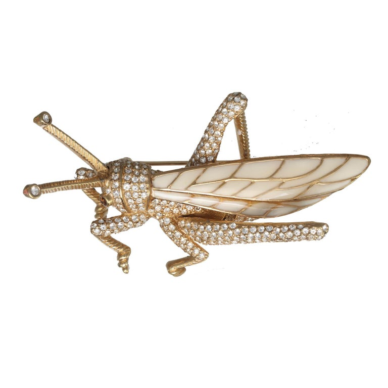 A CINER favorite, the Golden Grasshopper pin is tranquil and sophisticated. A mommy-baby duo, this set can be worn together or one at a time. Our President, Pat CINER Hill is widely known for pairing these two pins on her favorite blazer. We know