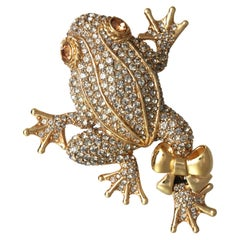 CINER Leaping Frog Pin with Black Diamond Rhinestones and Polished Gold Bow
