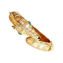CINER Rhinestone Encrusted Giraffe Animal Bracelet in Gold