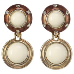 CINER Tortoise Enamel and Painted Ivory Cabochon Rhythm Button Clip Earring