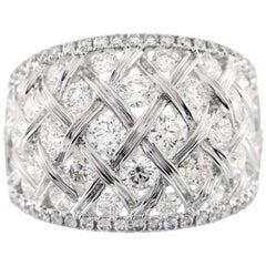 2.57 Carat T.W. Round Diamond 18 Karat Gold Cocktail Ring