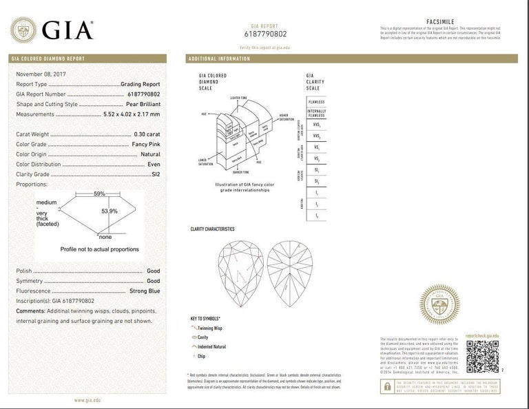 GIA Certified 0.30 Carat Pink Diamond 18 Karat Two-Tone Engagement Ring In New Condition For Sale In New York, NY