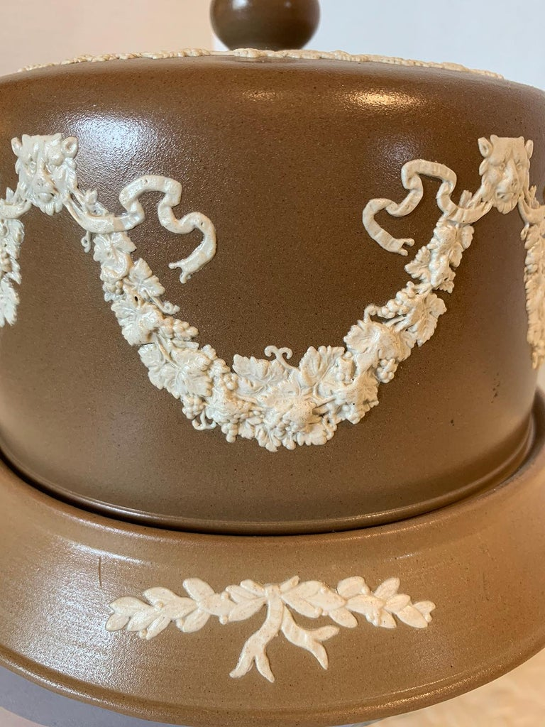 English Jasperware Cheese Dome by Dudson Stilton, Style of Wedgwood, circa 1860 For Sale 2