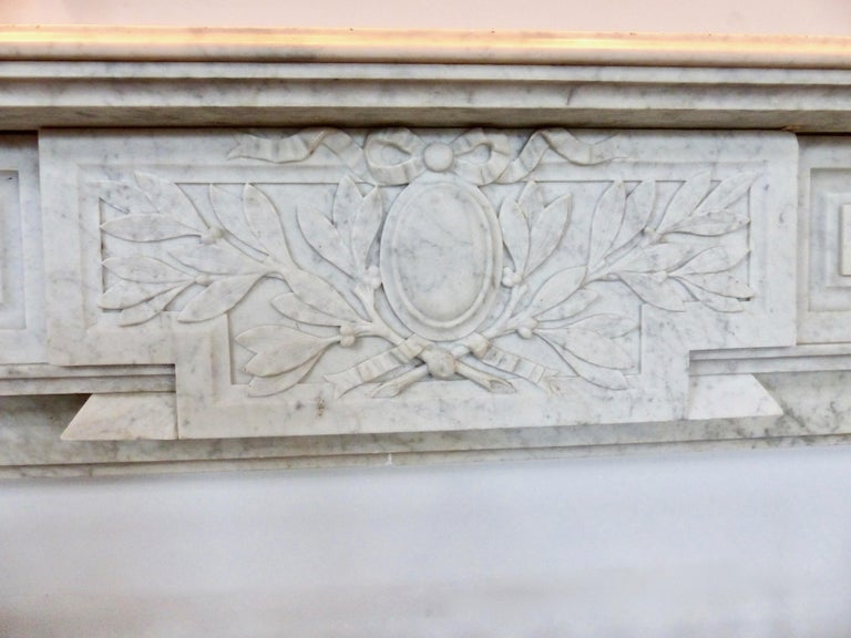 Regency French Carrara Marble Louis XVI Fireplace Mantel Surround, circa 1860 For Sale