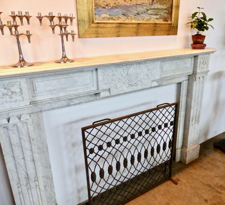 Carved French Carrara Marble Louis XVI Fireplace Mantel Surround, circa 1860 For Sale