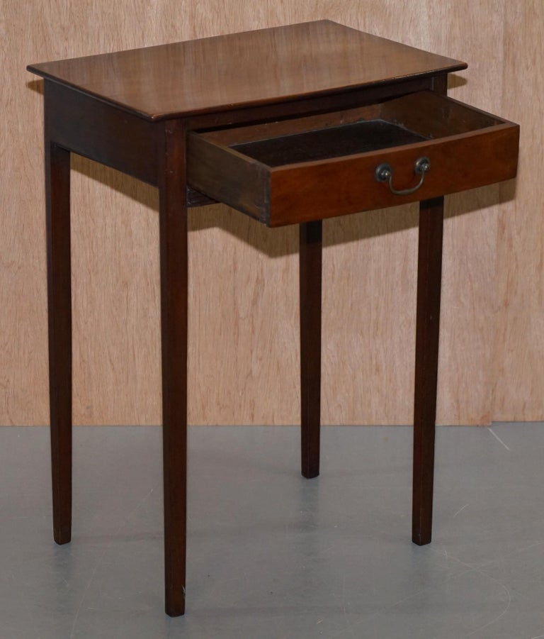 Victorian Mahogany Single Drawer Side End Lamp Wine Occasional Table, circa 1880 For Sale 4