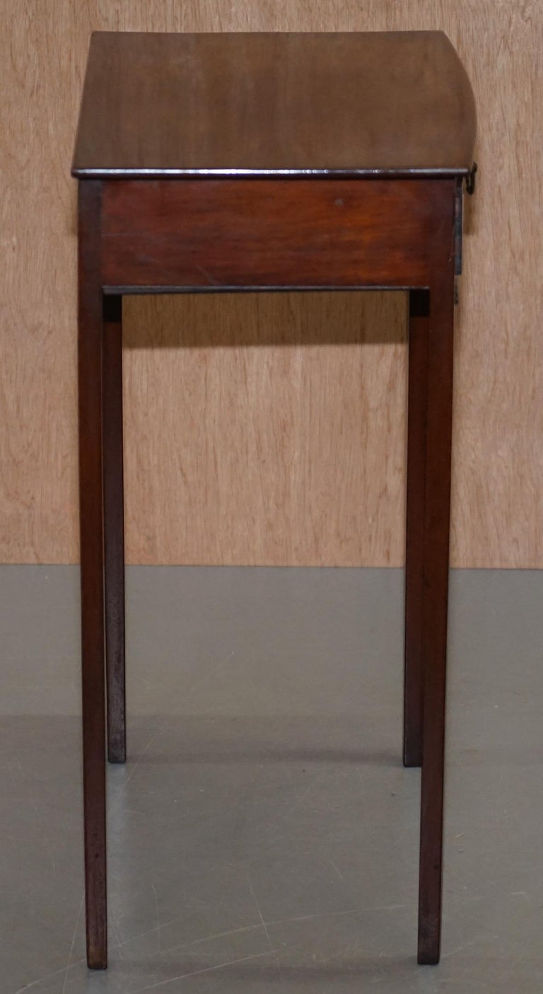 Victorian Mahogany Single Drawer Side End Lamp Wine Occasional Table, circa 1880 For Sale 1