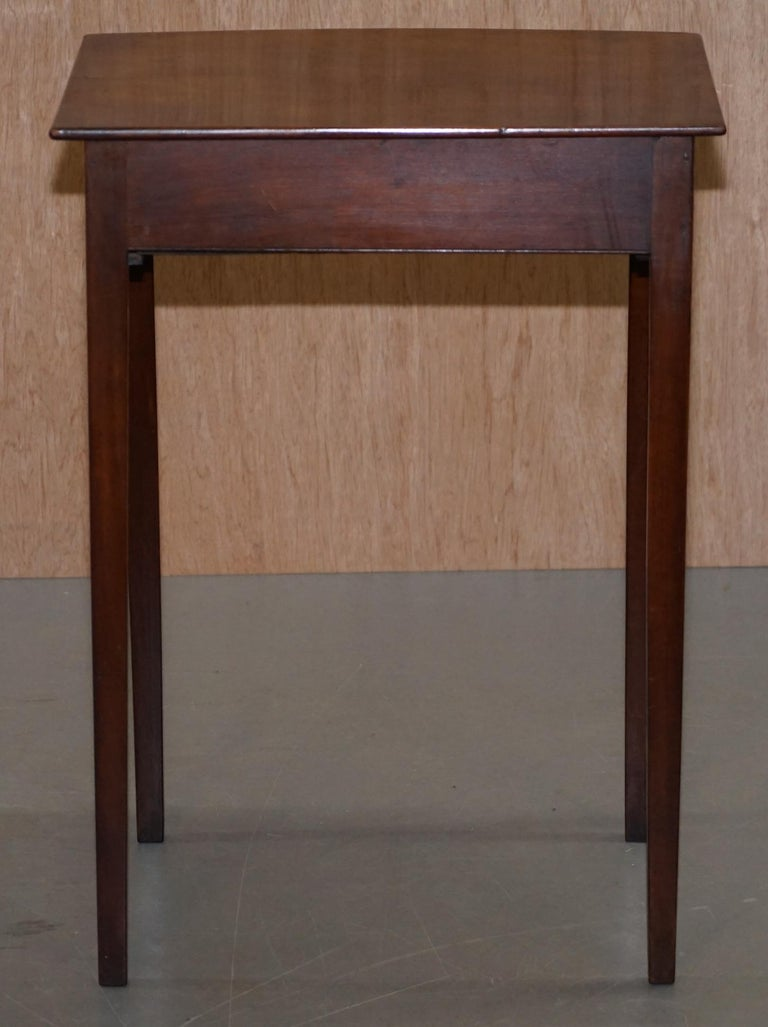Victorian Mahogany Single Drawer Side End Lamp Wine Occasional Table, circa 1880 For Sale 3