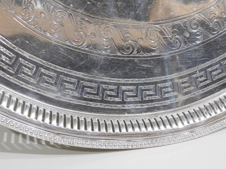 Late 19th Century Large Vintage Oval English Silver Plated Serving Tray with Handles, circa 1890 For Sale