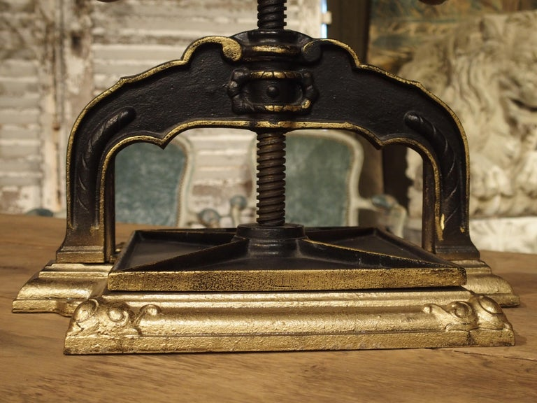 Painted Cast Iron Book Press from Germany, circa 1890 For Sale 3