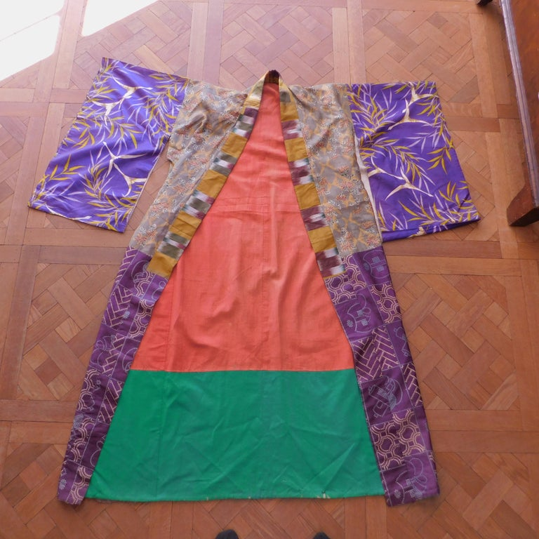 20th Century Taisho Period Japanese Juban Silk Kimono, circa 1920 For Sale