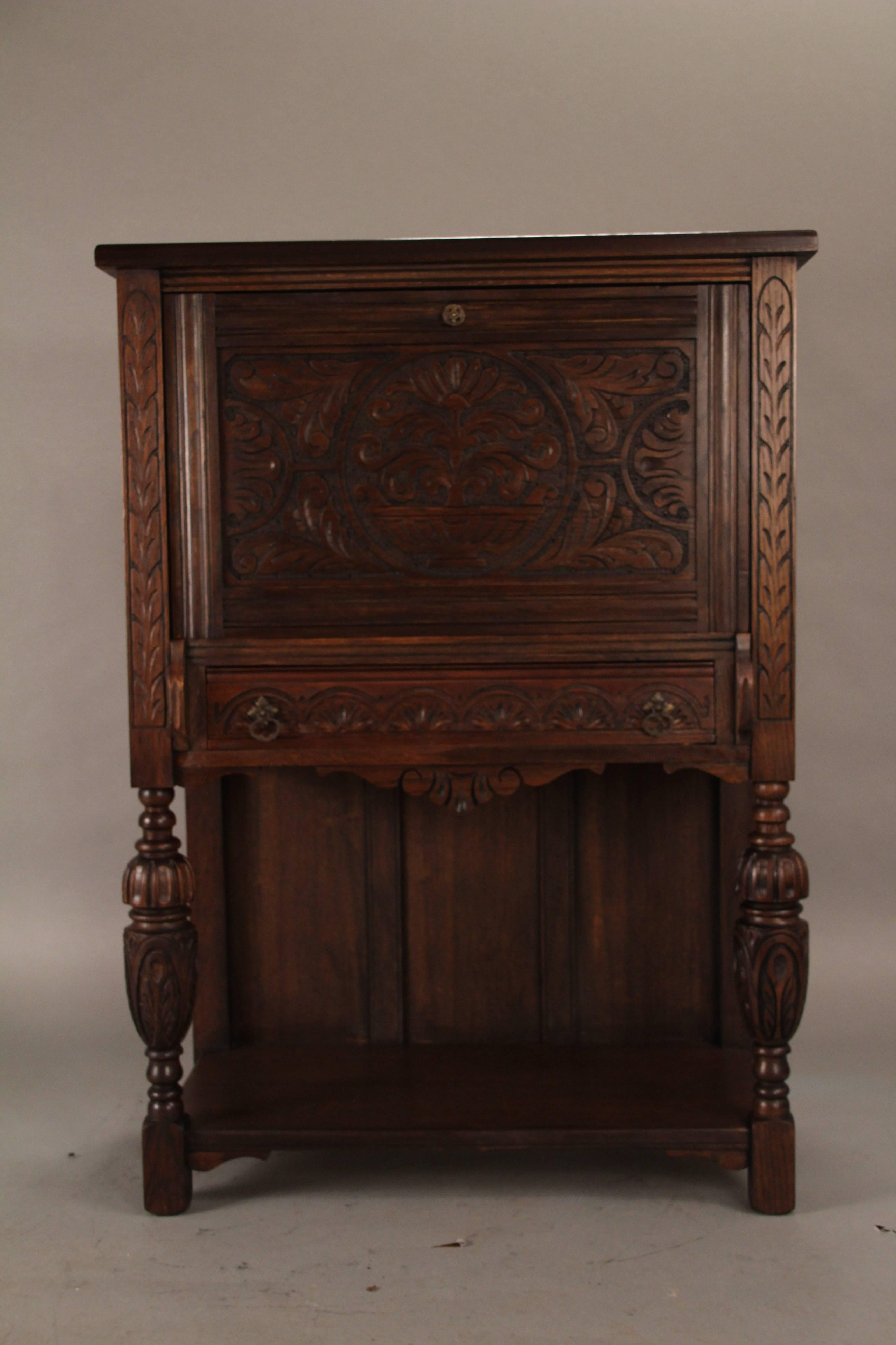 Merveilleux Spanish Colonial Carved Walnut Cabinet/ Writing Desk From The Angelus  Furniture Co, Circa 1920s