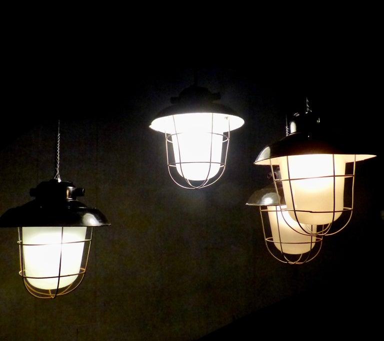 European Black Enamel Industrial Lights, circa 1930 For Sale 1