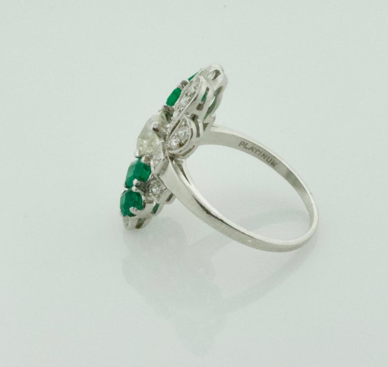 Women's or Men's Diamond and Emerald Ring in Platinum, circa 1930s For Sale