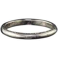 Antique Art Deco 14 Karat White Gold Engraved Wedding Band, circa 1934