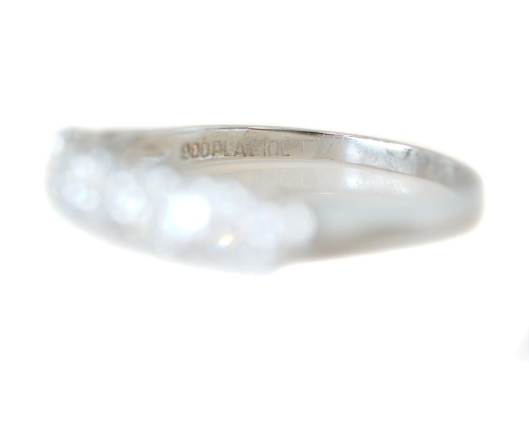 1.0 Carat Diamond Platinum 5-Stone Band, circa 1940s For Sale 2