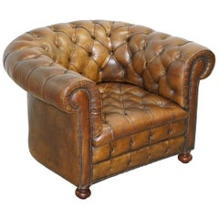 Hand Dyed Brown Leather Fully Buttoned Chesterfield Club Armchair, circa 1940s