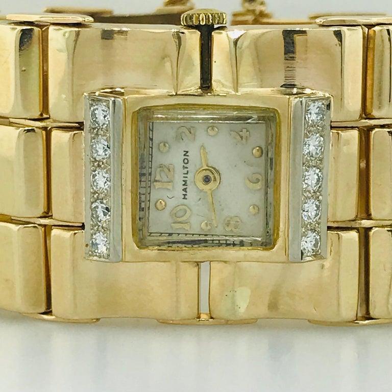 .65 Carat Diamond Ladies Vintage Dress Watch 14 Karat Yellow Gold, circa 1950 In Excellent Condition For Sale In Austin, TX
