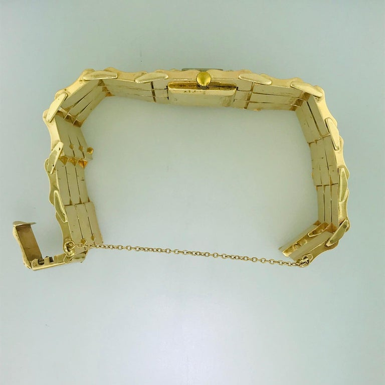.65 Carat Diamond Ladies Vintage Dress Watch 14 Karat Yellow Gold, circa 1950 For Sale 4